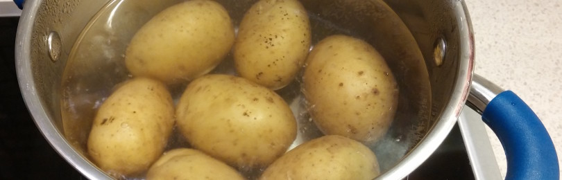 Сколько варить картошку в мундире? Способы приготовления картофеля