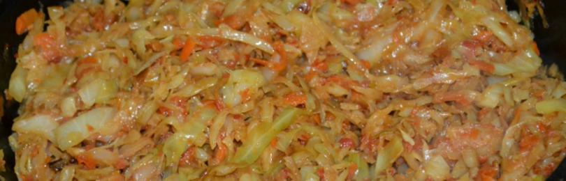 Сколько тушить капусту на сковороде