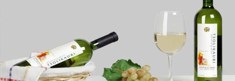 Грузинское белое сухое вино